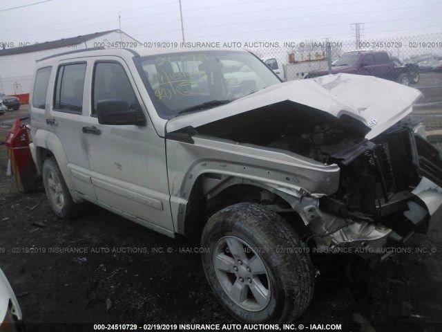 1J8GN28K19W529767-2009-jeep-liberty