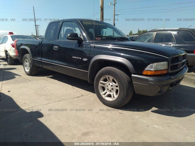 1B7GL12X52S714610-2002-dodge-dakota