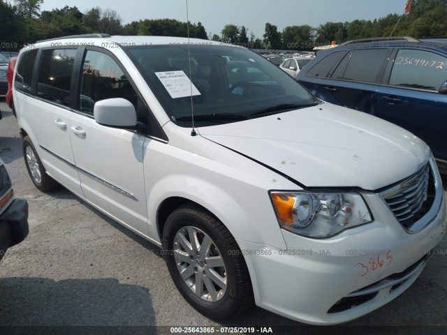 2C4RC1BG4FR711682-2015-chrysler-town-and-country