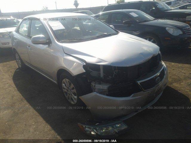 KNAFU4A23C5511518-2012-kia-forte