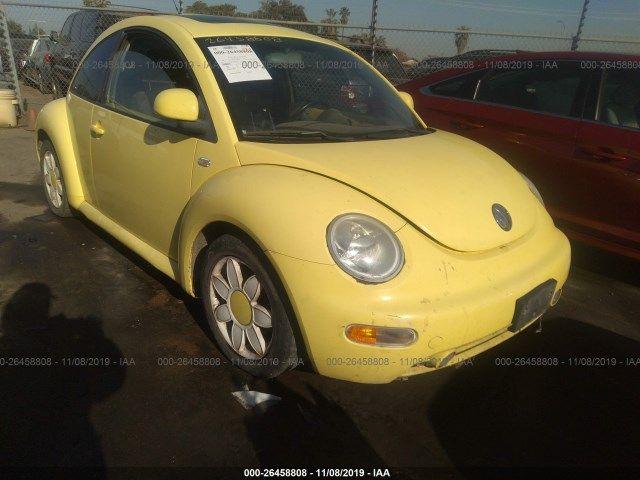 3VWCC21C9XM467852-1999-volkswagen-new-beetle