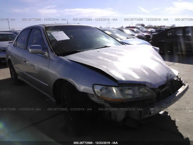 1HGCG1655WA049748-1998-honda-accord