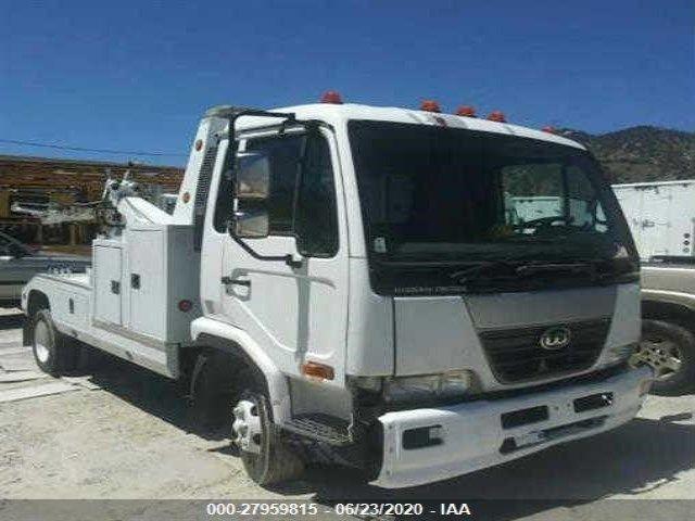 JNAMC50H57AH60057-2007-nissan-diesel-ud1800-cs