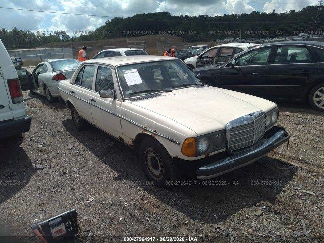 WDBAB33A4CB003379-1982-mercedes-benz-300