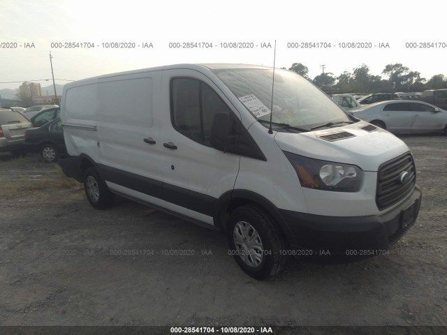 1FTYR1YMXJKA13592-2018-ford-transit-connect