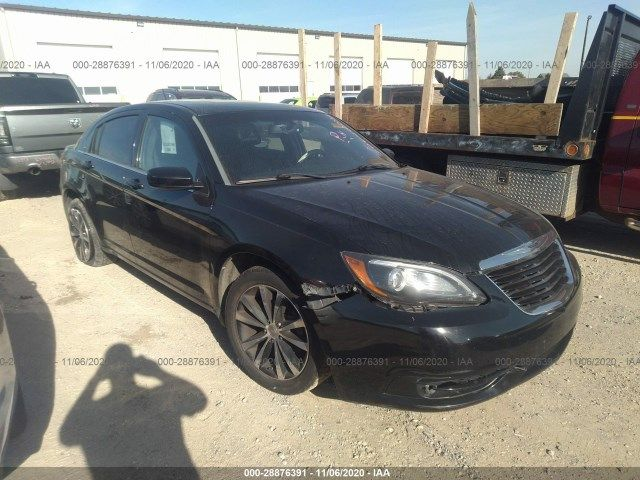 1C3CCBHG2CN308834-2012-chrysler-200