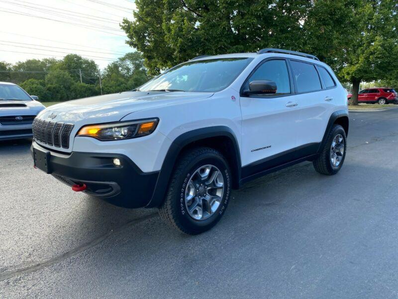 1C4PJMBX8KD338285-2019-jeep-cherokee