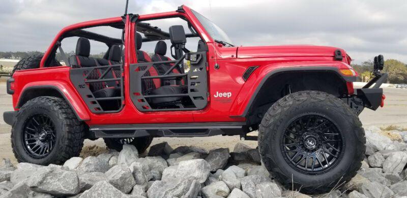1C4HJXDN9LW115163-2020-jeep-wrangler-unlimited-0