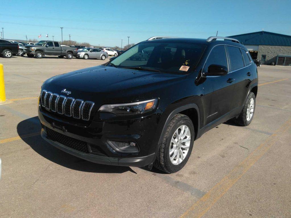1C4PJLCB5KD482647-2019-jeep-cherokee