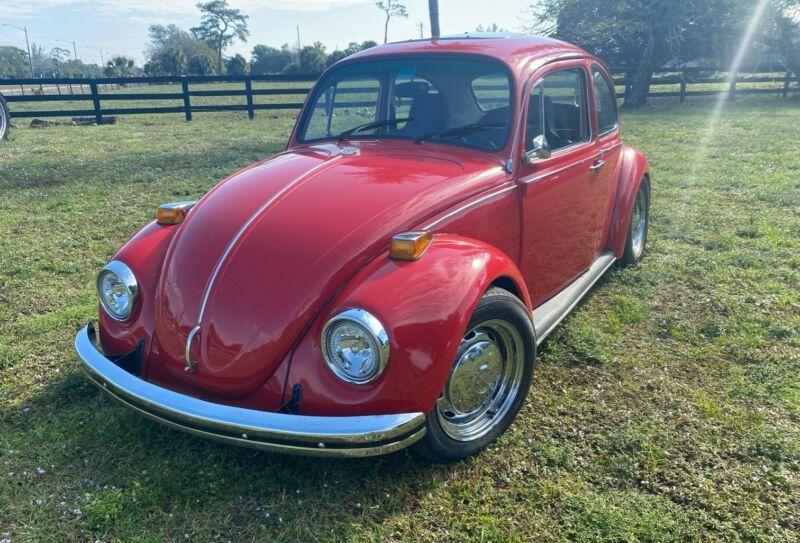 1102493999-1970-volkswagen-beetle-classic-0