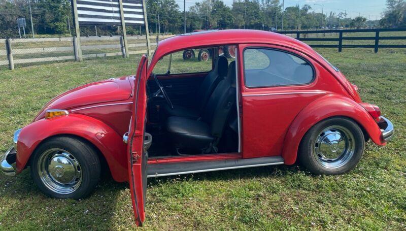 1102493999-1970-volkswagen-beetle-classic-2