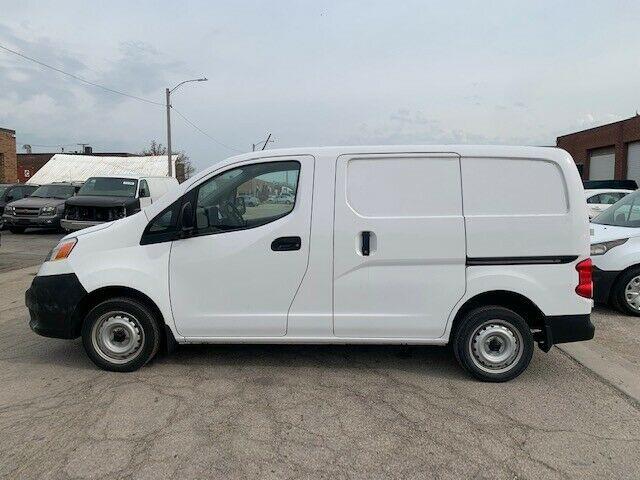 3N6CM0KN8KK708256-2019-nissan-nv200-compact-cargo
