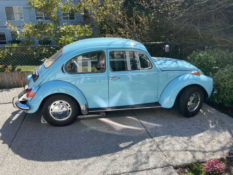 1122258164-1972-volkswagen-beetle-classic