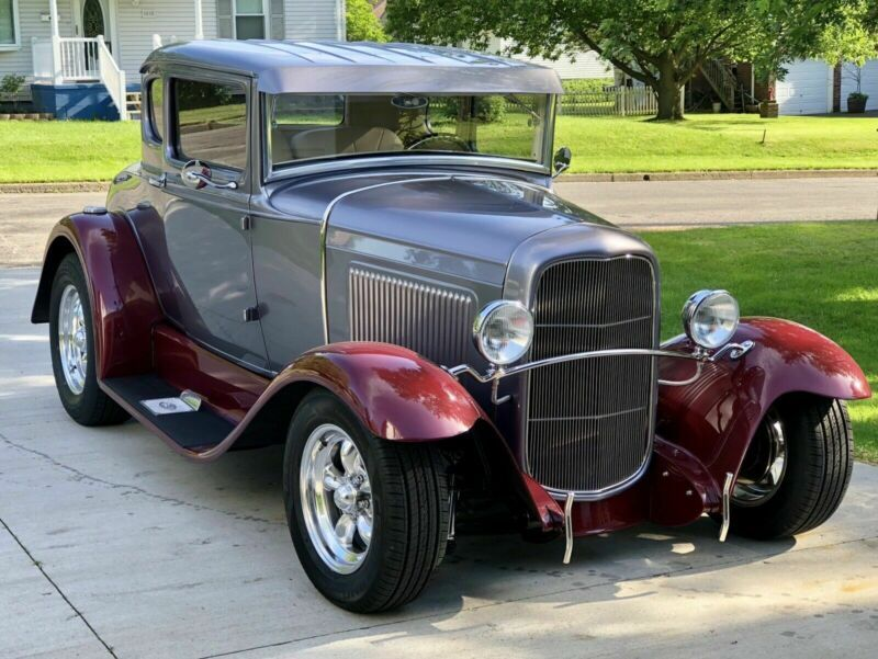 A1072139-1931-ford-model-a-5-window-coupe