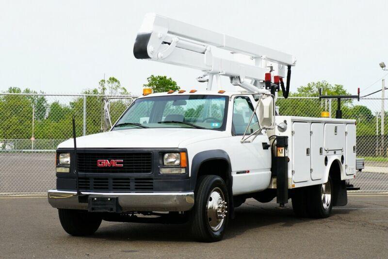 3GDKC34G81M101175-2001-gmc-boom-truck