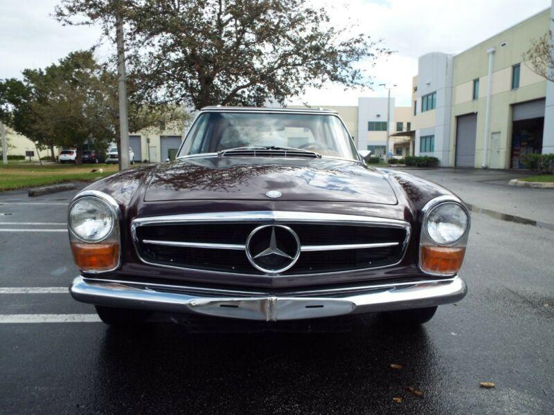 11304412023779-1971-mercedes-benz-sl-class