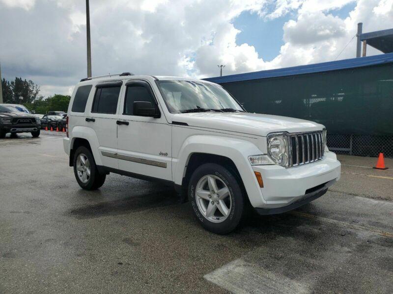 1C4PJMCKXCW119806-2012-jeep-liberty