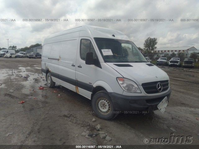 WD3PE8CB0B5583195-2011-mercedes-benz-sprinter-cargo-vans