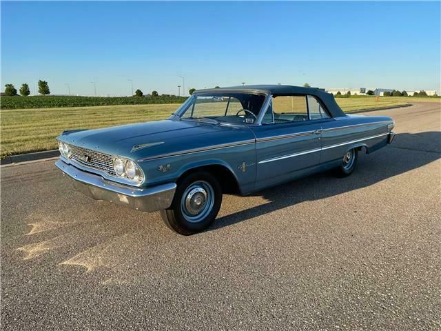 3U65R183XXX-1963-ford-galaxie-500-convertible-0