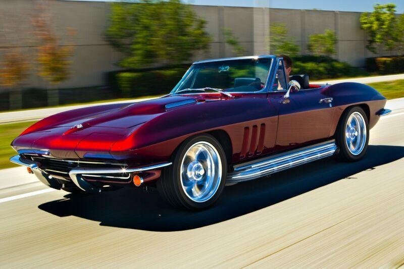 194675S102007-1965-chevrolet-corvette-0