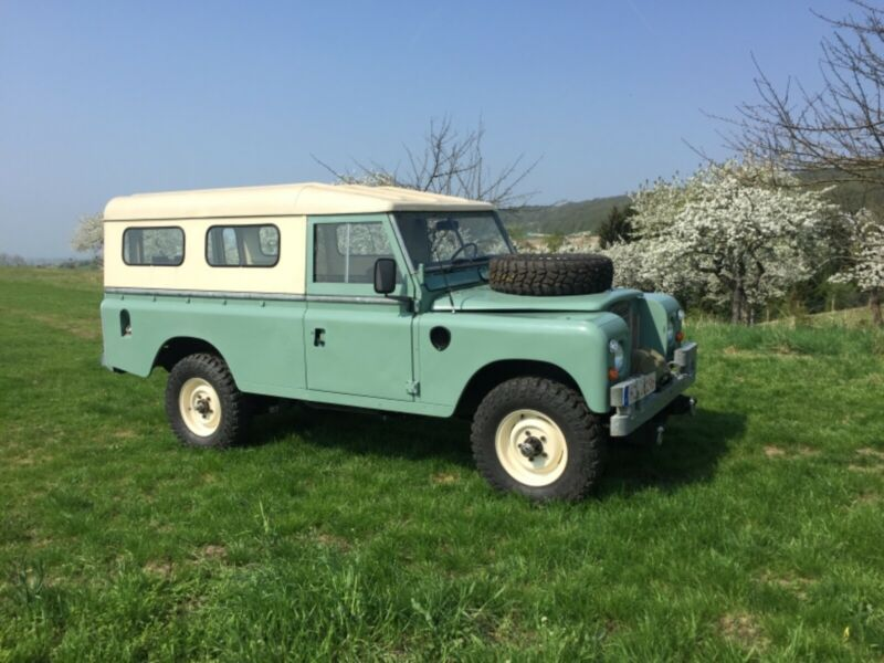 LBCAG2AA173351-1980-land-rover-defender