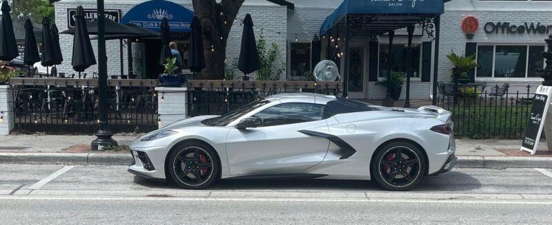 1G1Y83D44L5109281-2020-chevrolet-corvette