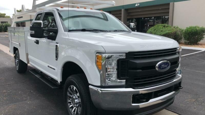1FD8X3FT0HEC25174-2017-ford-f-350