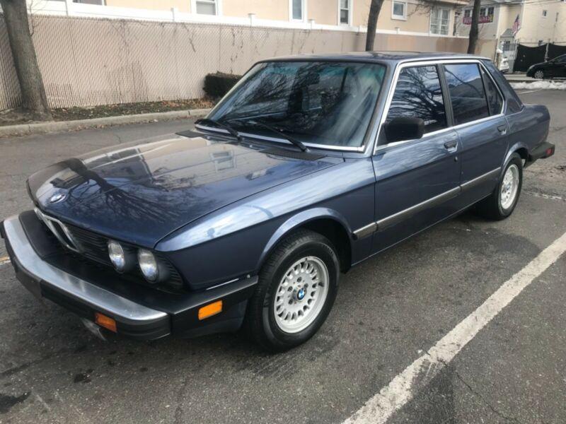 WBADK7303F9355729-1985-bmw-5-series