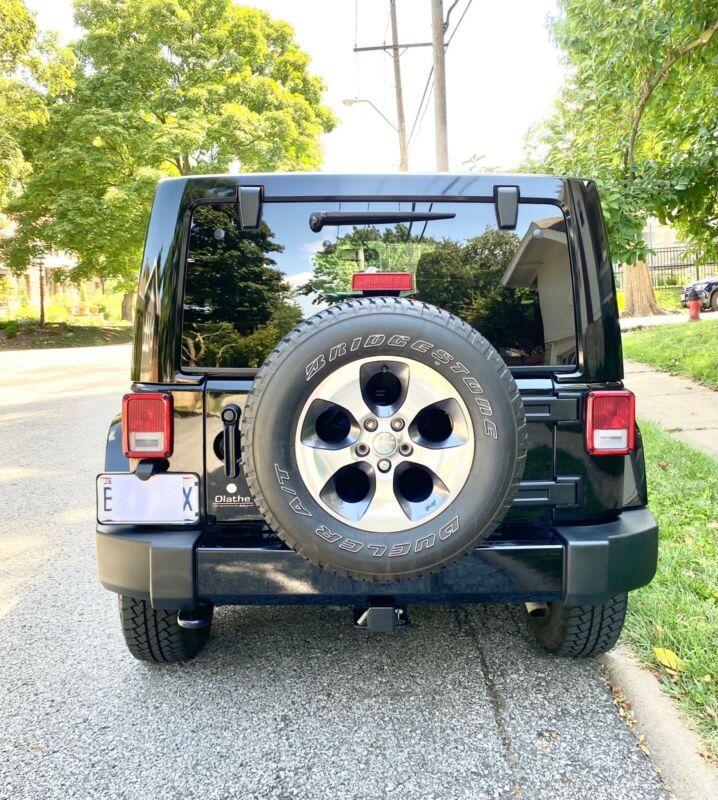 1C4HJWEG5GL217030-2016-jeep-wrangler-unlimited-1