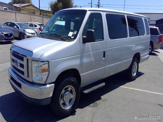 1FBSS3BL3BDA84973-2011-ford-e-350-and-econoline-350-1