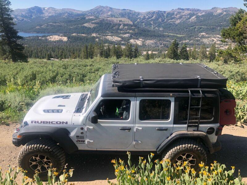 1C4HJXFG9JW145761-2018-jeep-wrangler-unlimited